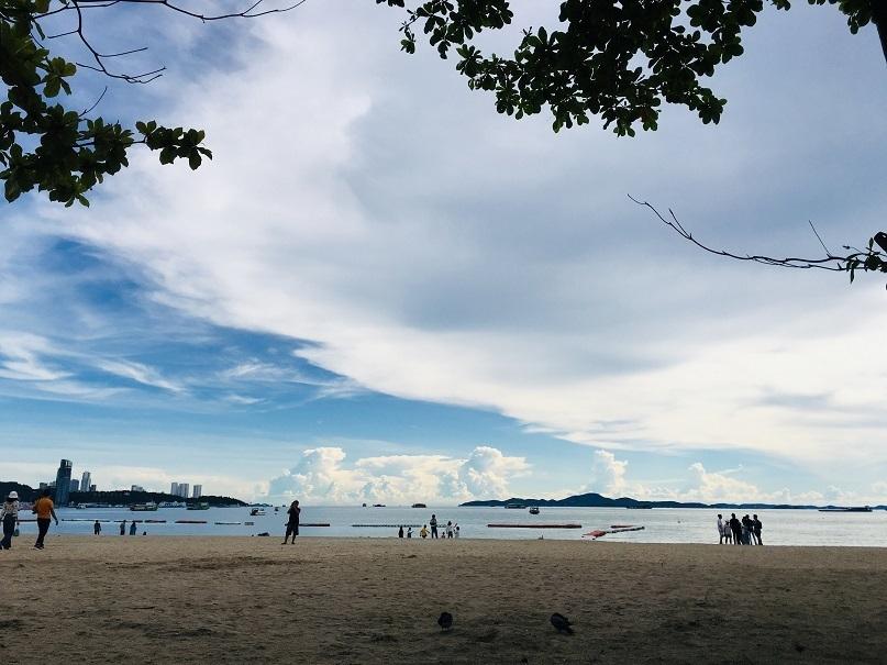 BEACH PATAYA.jpg