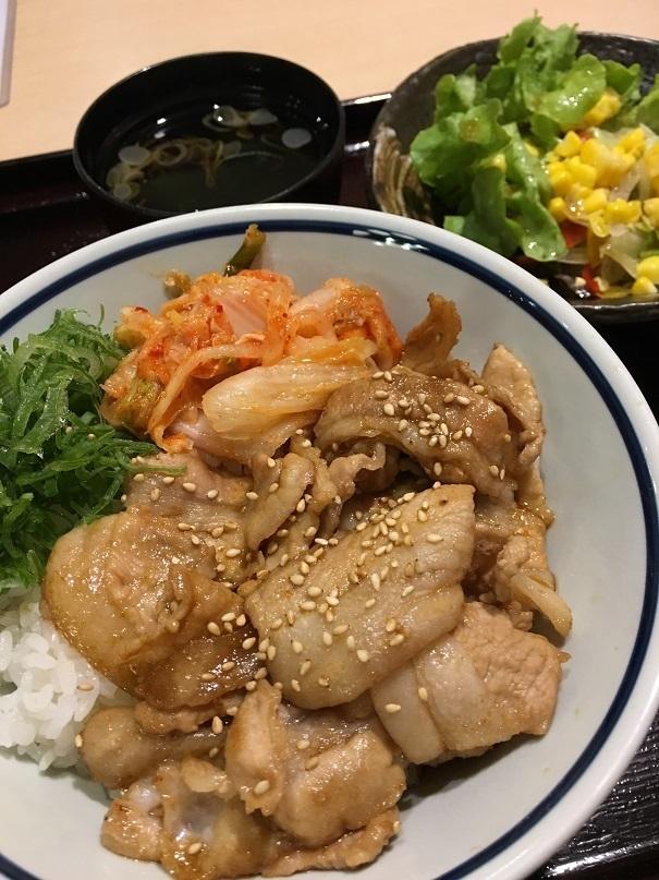 月曜焼き豚丼.JPG
