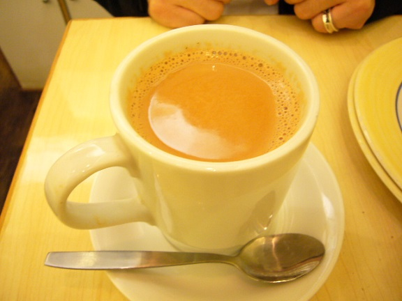 P1110022 Rotiking Indian chai tea.jpg