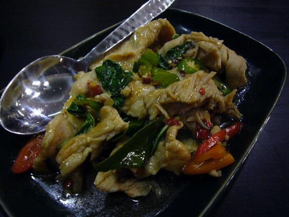 P1140037 nara thai cuisine central  embassy3.jpg