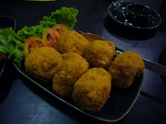 P1140047 nara thai cuisine central  embassy6.jpg