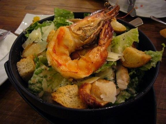 P1150054 Snapper New Zealand Restaurant on Sukhumvit seafood ceaser salad.jpg