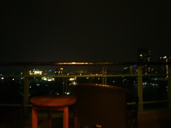 P1150178 Chatrium Hotel Riverside Bangkok balcony.jpg